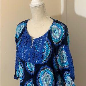 crown & ivy Tops - Crown & ivy ¾ sleeve blouse